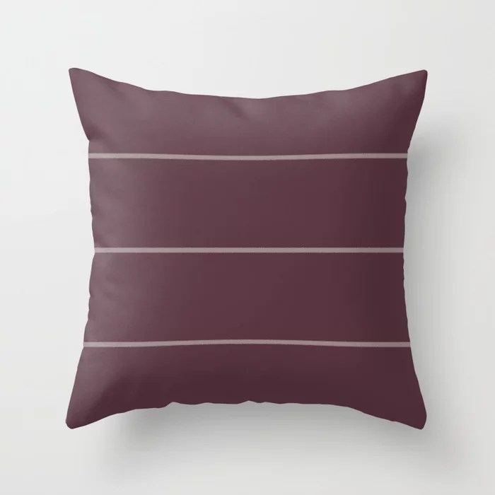 Deep Purple Pink-Purple Sponge Thin Stripe Pattern 2021 Color of the Year Epoch Spiced Mulberry Throw Pillow
