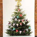 Diy Christmas Garland Made From Fabric Scraps Without Any Sewing