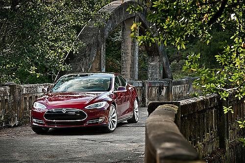 Tesla Motors Photo