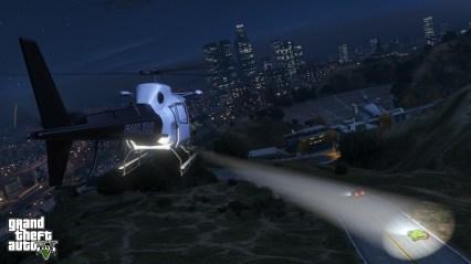 official-screenshot-lspd-chopper-chasing-a-green-infernus