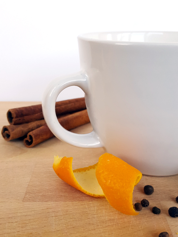 Spiced Apple Cider Recipe | ctrlcurate.com