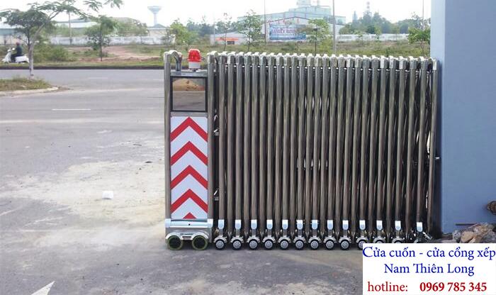 Lắp đặt Cửa cổng xếp KCN Nam Tân Uyên Mở Rộng