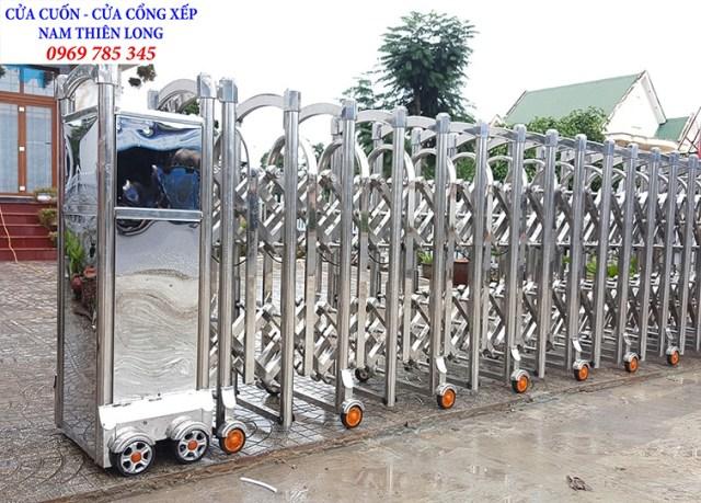 cong xep1 - Lắp đặt cửa cổng xếp tại KCN Lộc An Bình Sơn tỉnh Đồng Nai