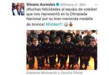 Silvano-Aureoles-felicita-equipo-voleibol
