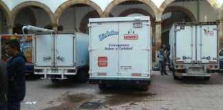 normalistas camioneta