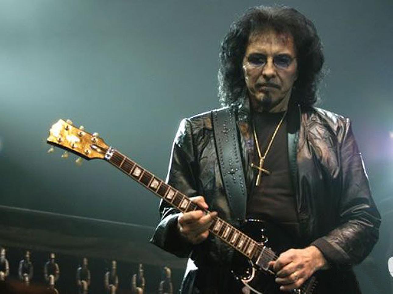 Tony Iommi 13