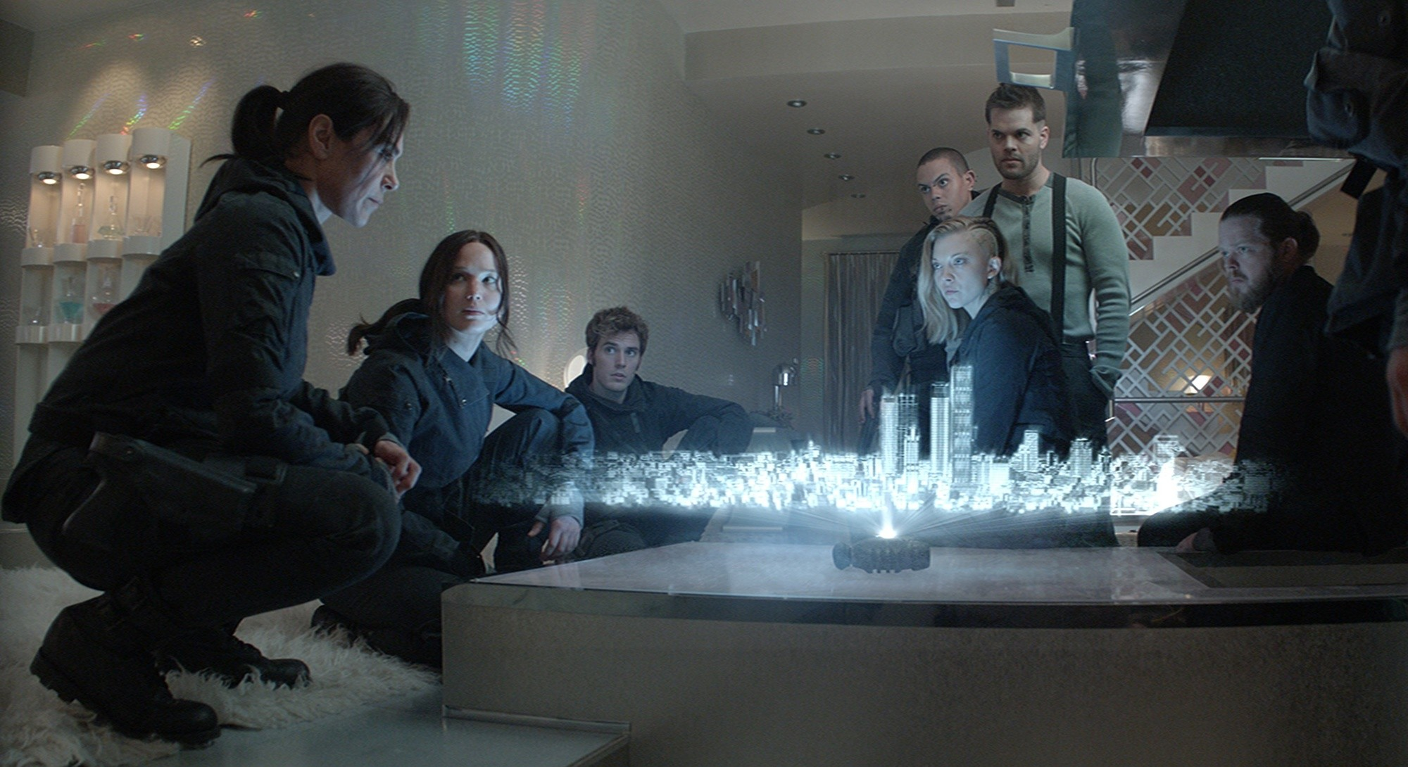 hunger-games-mockingjay-part-2-star-squad-1