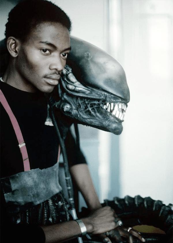 behind-the-scenes-of-alien-8