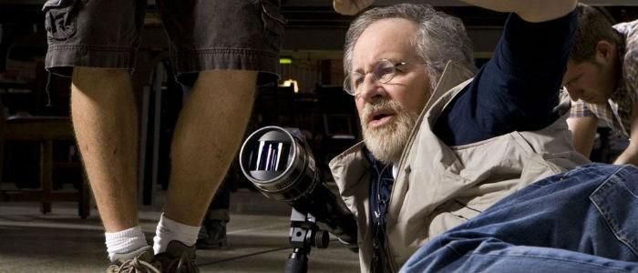 Steven-Spielberg-700-700x300
