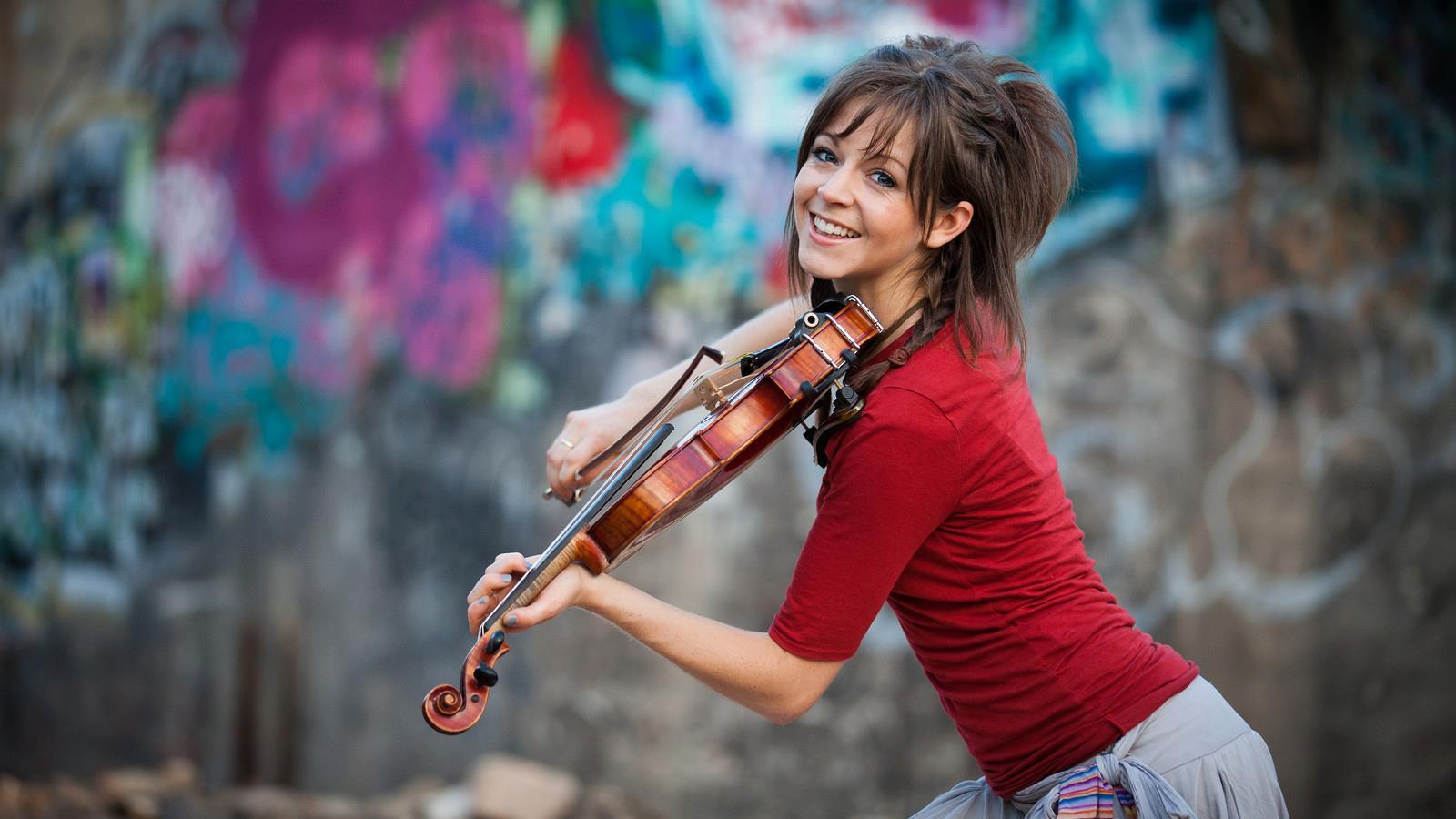 Lindsey-Stirling-2.jpg