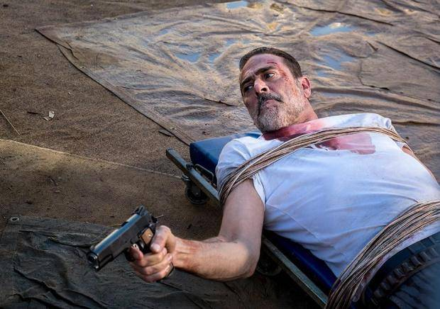 the-walking-dead-season-8-episode-14-negan.jpg