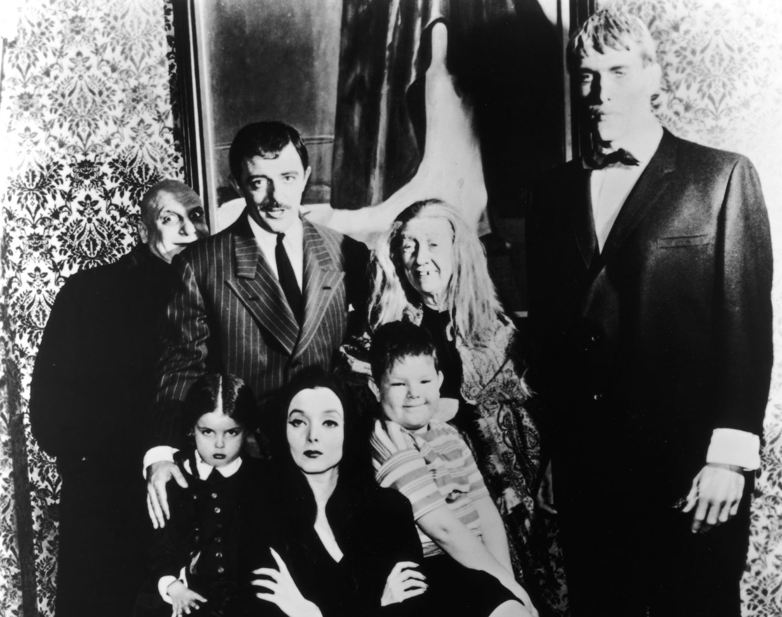 003-the-addams-family-theredlist
