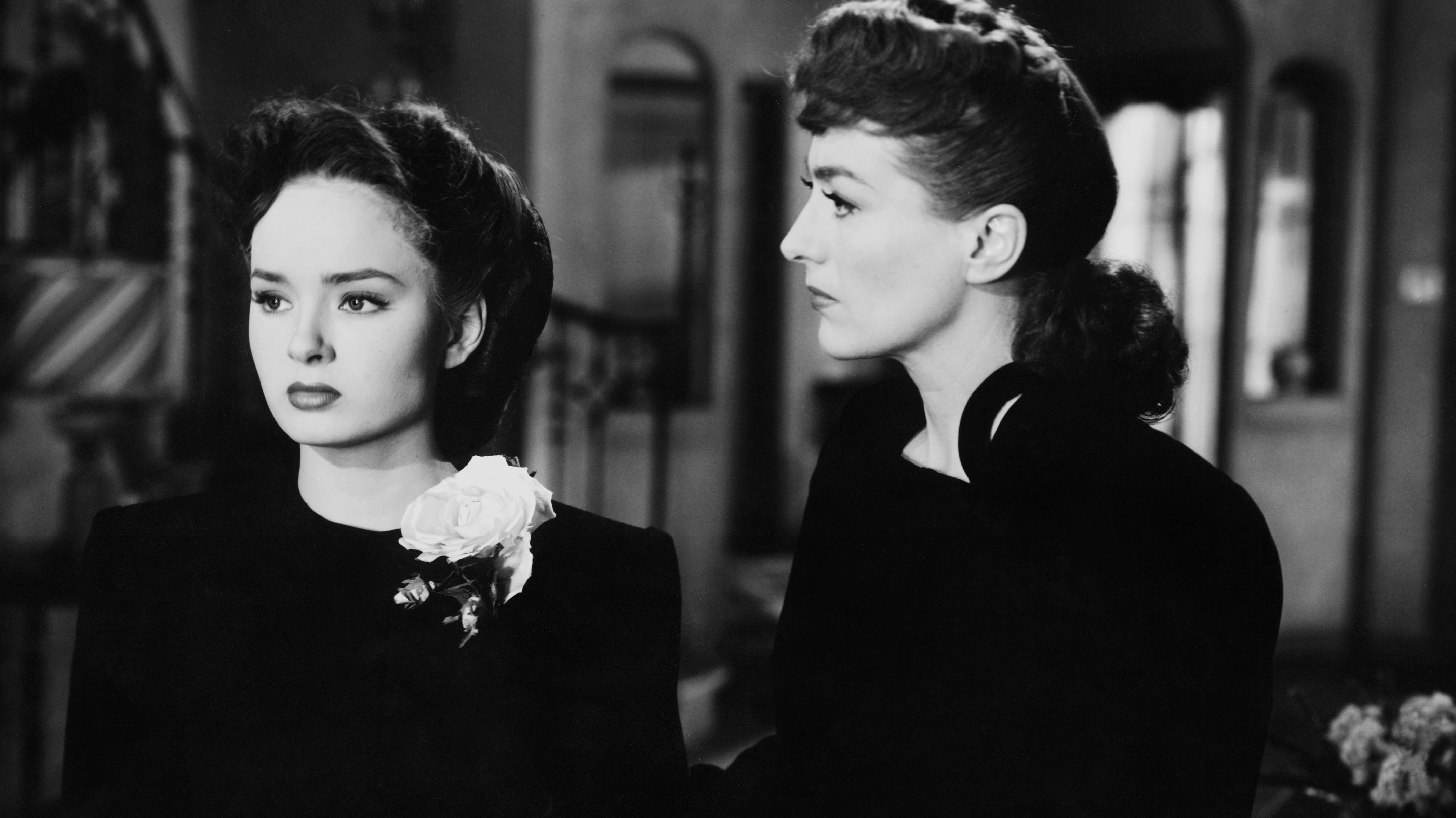 Mildred Pierce 1945.jpg