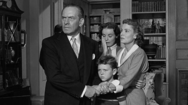 the-desperate-hours-1955-hilliard-family-fredric-marchmary-murphy-richard-eyer-martha-scott.jpg
