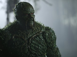[REVIEW] Swamp Thing