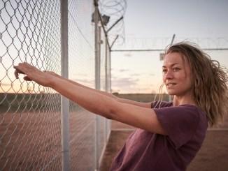 [REVIEW] Desplazados: Los sin tierra