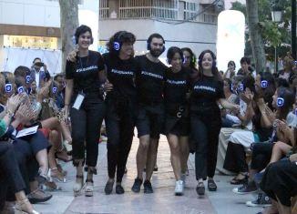 Pilar Dalbat cierra el desfile