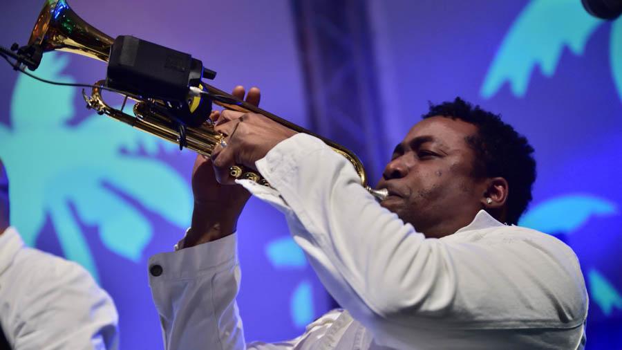 Kubanische Live Musiker für Firmenfeiern - Tompeter