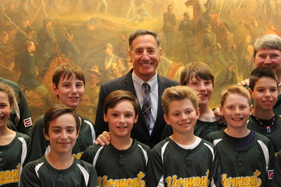 The players pose with Governor Peter Shumlin.