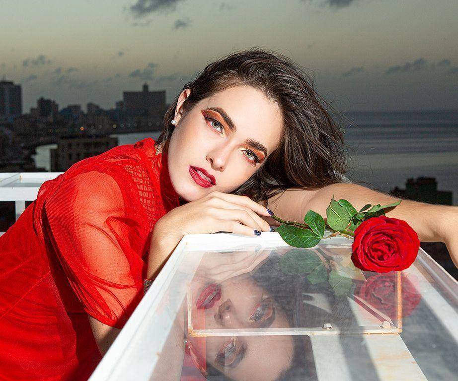 modelo cubana
