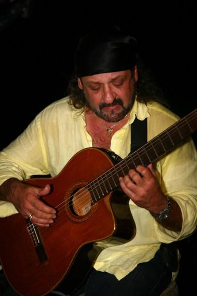 Arturo Fuerte 5