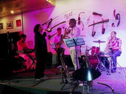 beatriz-marquez-c-michel-herrera-en-el-jazz-cafe