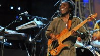 Richard Bona w his electric bass live !