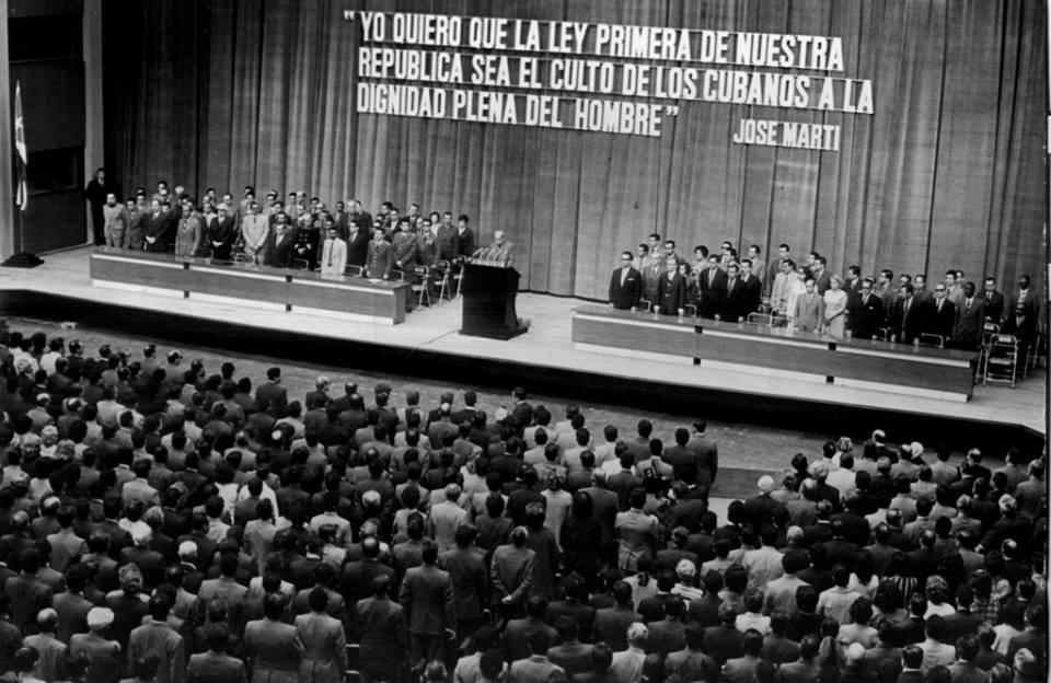 República y ley en Cuba. Promulgación de la Constitución cubana (1976)