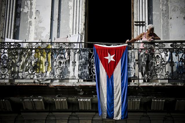 """Los procesos constituyentes impulsados por la izquierda en América Latina han sido el epicentro de un poderoso movimiento de ideas en torno a """"los derechos humanos"""" en el hemisferio. Estos debates han cobrado fuerza en los últimos 10 años y han involucrado a las esferas académicas, políticas, sociales, y a las instituciones de integración hemisférica. Además, han estado sólidamente conectados con centros de pensamiento al otro lado del Atlántico. El pensamiento constitucional cubano no ha estado ajeno a estos debates, que se han traducido en un ensanchamiento de la mirada para entender y materializar el ejercicio de los derechos humanos. Foto: Ramon Rosati"""