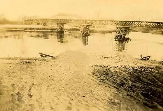 A ponte que quase afundou. cfoto007d