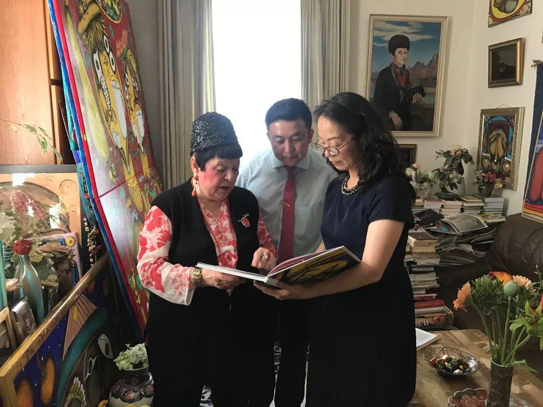 共襄盛举 百幅名画捐赠中国天津美术馆