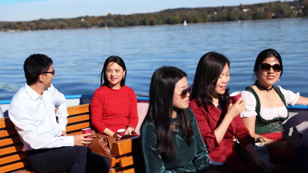 """巴伐利亚中国企业促进会成功举办""""中秋国庆游艇酒会"""""""