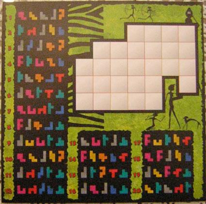 Una de las 9 hojas de puzles.  Por la otra cara, totalmente similar, pero para cuatro piezas.  Atención, luego vamos a poner la solución al puzle 4, por lo que la siguiente imagen puede considerarse un spoiler. Te podemos chafar uno de los 360 puzles que hay…
