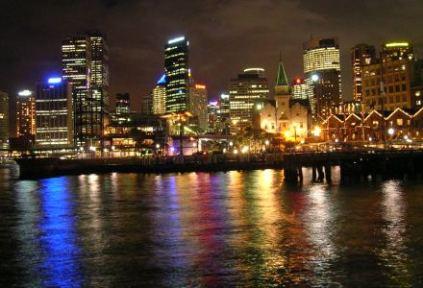 australia-sydney-by-kristin-burkholder-sydney-harbour-at-night-2004