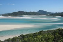 australia-whitsunday-islands-by-michelle-begley-whitehaven-beach-and-hill-inlet-2005