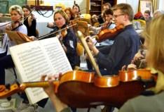 Orchester der TUD, Streicher, Violinen
