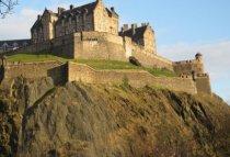 scotland-edinburgh-by-allie-nunes-castle-2011