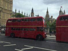 england-london-by-sara-zhen-double-decker-buses-2016