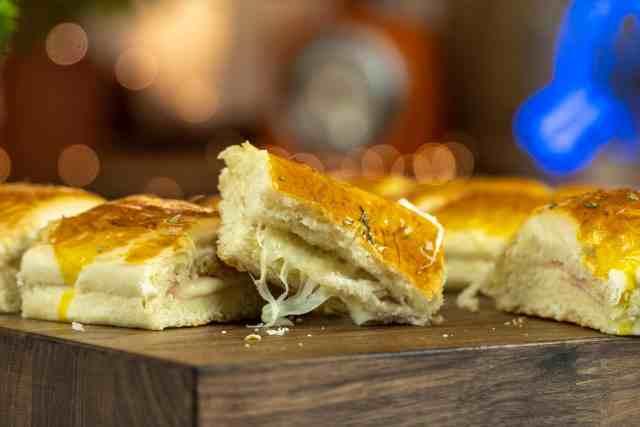 Americanos de queijo e presunto