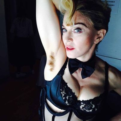 Madonna laesst wachsen, aber nicht waxen // Madonna is growing her hair out, Supplied by Instagram.com/face to face