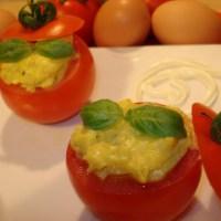 Pomodori ripieni di uova