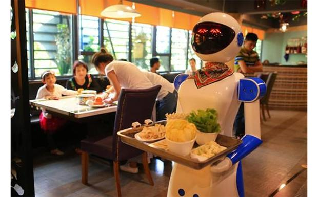 Image result for robot cameriere