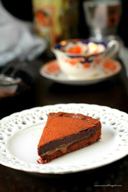 Crostata al cioccolato e caramello