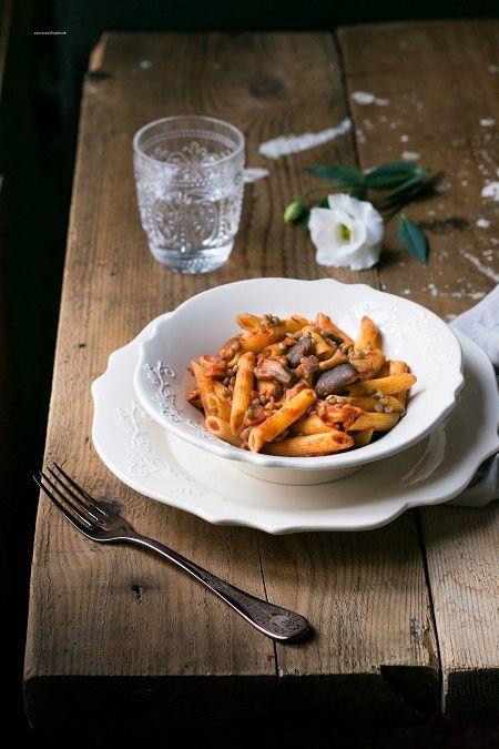 Pasta con lenticchie e funghi