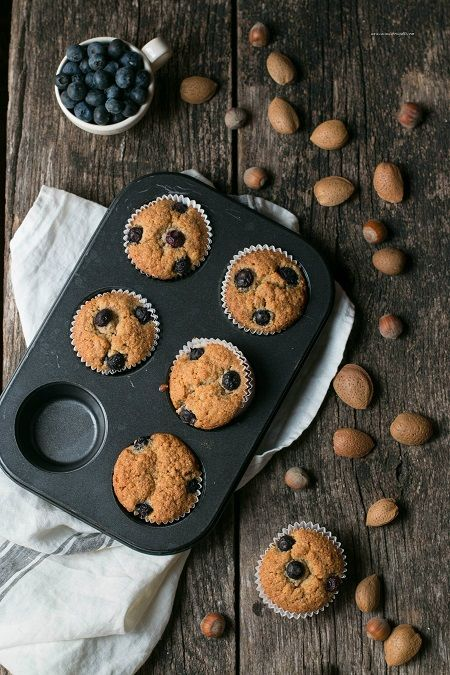 Muffin ai mirtilli e frutta secca