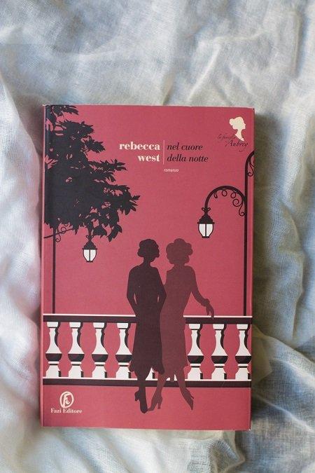 Nel cuore della notte : il secondo volume della saga della famiglia Aubrey