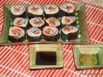 maki_in_casa_salsa_di_soia_e_wasabi