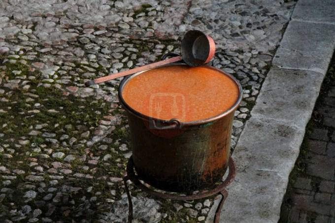 zuppa di farro minestra di farro spezzato per san nicola