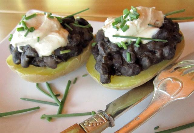 Fagioli neri messicani e patate