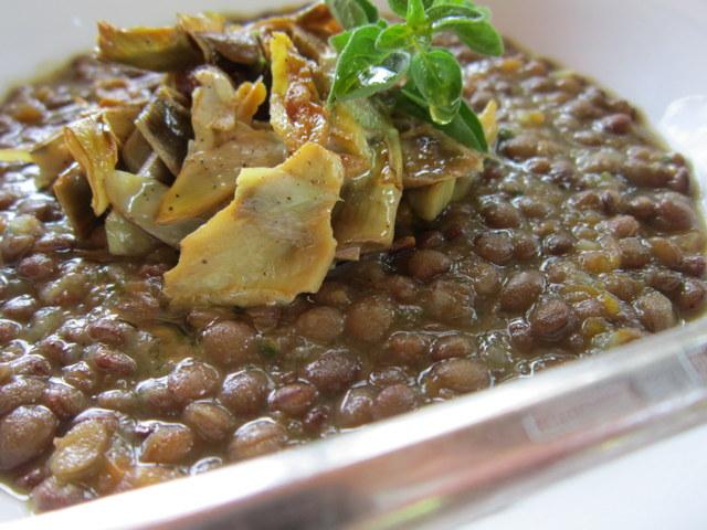 Minestra di lenticchie con carciofi al limone